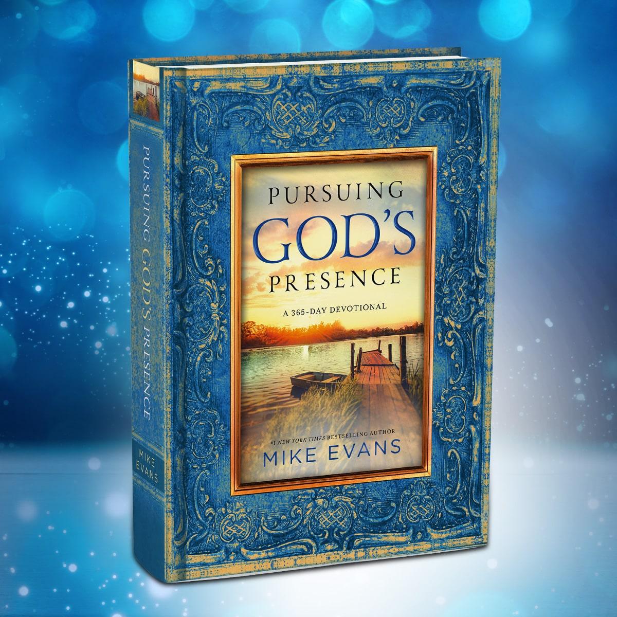 Pursuing God's Presence Daily Devotional