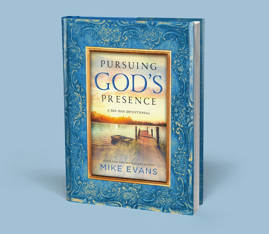 Pursuing God's Presence Daily Devotional